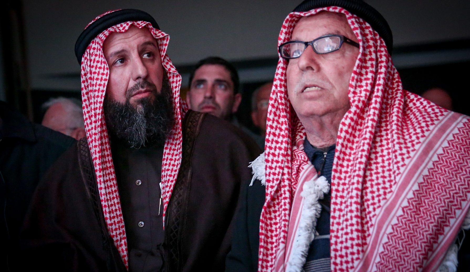 Sheikh Abu Khalil El Tamimi (L) attends the 14th annual Jerusalem Conference of the 'Besheva' group, on February 12, 2017. Photo by Yonatan Sindel/Flash90 *** Local Caption *** ùééç àáå çìéì àì úîéîé áùáò ëðñ ëðñ éøåùìéí òøáéí éäåãéí