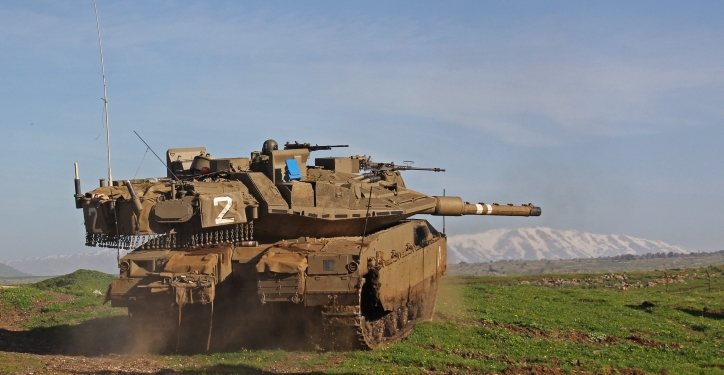 **FILE** Israeli soldiers take part in an army drill with Merkava 4 tanks, in Northern israel. February 27, 2013. Photo by Ofer Zidon/FLASH90 *** Local Caption *** ????? 4  merkava 4  ???? ???
