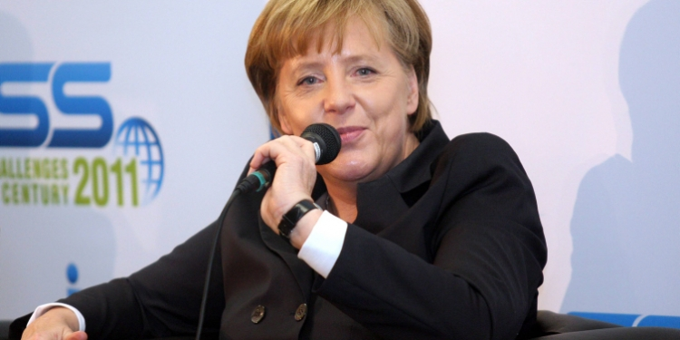 """German Chancellor Angela Merkel met with students at Tel Aviv University Feb 1 2011 and said that """"Israel is not isolated in Europe, we sense the disquiet over the lack of progress here."""" Photo byRoni Schutzer/Flash90 *** Local Caption *** ?????? ??????? ????? ???? ????? ????  ????? ?????? ????? ???? ?????? ??????????? ?? ???? ?????? ??????? ????? ???? ????? ????  ????? ?????? ????? ???? ?????? ??????????? ?? ????   ??????  ???'?? *** Local Caption *** ?????? ??????? ????? ???? ????? ????  ????? ?????? ????? ???? ?????? ??????????? ?? ???? ?????? ??????? ????? ???? ????? ????  ????? ?????? ????? ???? ?????? ??????????? ?? ????  ?????? ???'??"""