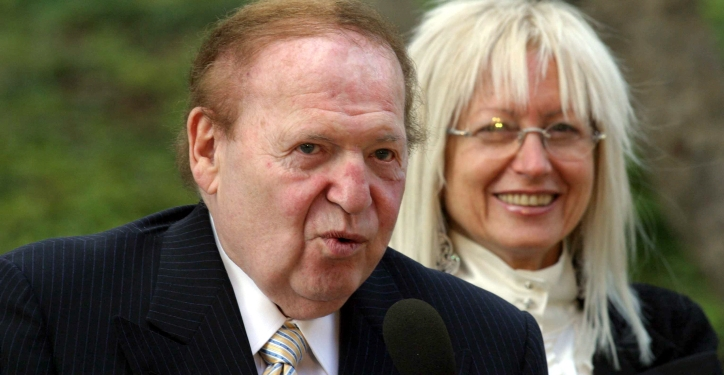 American casino magnate Sheldon Adelson is seen during a ceremony to honor donors at Yad Vashem Holocoust memorial in Jerusalem Friday Oct. 27, 2006. American casino magnate Sheldon Adelson has pledged $25 million (euro20 million) to Israel's Yad Vashem Holocaust Memorial, the largest gift ever given to the museum by a private donor, Yad Vashem officials said.Photo by Alex Kolomoisky / Flash90 /POOL *** Local Caption *** ?? ??? ????? ?????? ???? ????