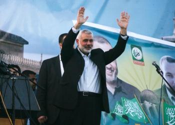 Head of the Hamas movment, Ismail Haniya, waves to the crowd during an anti-Israel rally on February 26, 2016, in the southern Gaza Strip town of Rafah. Photo by Abed Rahim Khatib/ Flash90 *** Local Caption *** çîàñ ôìñèéðéí ôìùúéðéí ôìñèéðé òæä àéñîòéì äðééä
