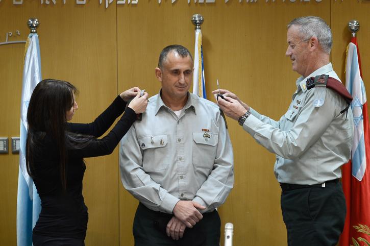 IDF Chief of Staff Benny Gantz takes part in a ceremony granting Brigadier General Tamir Hayman a raise to General, on February 5, 2015. Photo by Gadi Yampel/IDF Spokesperson *** Local Caption *** ?? ???? ???? ????? ????? ???? ???? ?????? ??? ???
