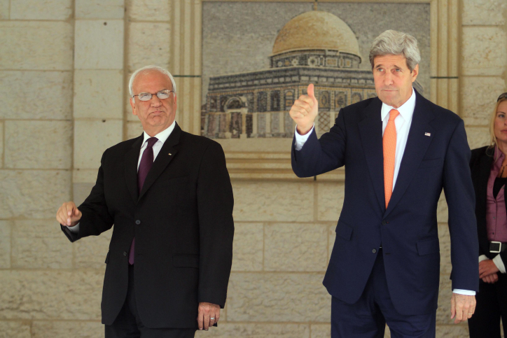 US Secretary of State John Kerry (R) seen with chief Palestinian negotiator Saeb Erekat at the Palestinian Presidential compound in the West Bank city of Ramallah on July 23, 2014. Kerry arrived in the regionas part of efforts to broker a ceasefire agreement between Israel and Hamas. Photo by Issam RImawi/FLASH90    *** Local Caption *** ?'?? ??? ????? ????? ?? ????????????? ????????? ????????? ????? ?? ??? ???? ???????? ???? ??????