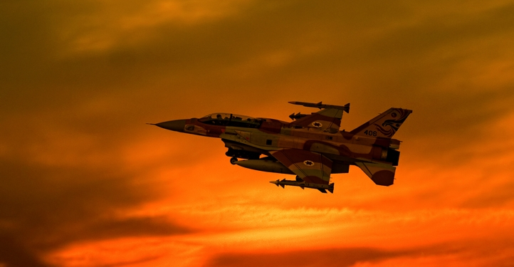 """An Israeli F-16I Fighting Falcon aircraft takes off at sunset from the Ramon army base in Israel on November 08, 2006. Photo by Ofer Zidon/Flash90 *** Local Caption *** ??? ???? ????? ???? ??? ?? 16 ???? ?????  ??""""?  ??""""?"""