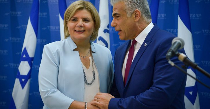 """Leader of the Yesh Atid political party Yair Lapid and Orna Barbivai at a press conference announcing the joining of Barbivai to Lapid's Yesh Atid party in Tel Aviv on January 1, 2018. Photo by Yossi Zeliger/Flash90 *** Local Caption *** ???""""? ?? ?? ????  ???? ???? ????? ???????"""