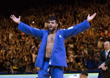Israel's Sagi Muki raises his hands as he celebrates after winning in the men's under 81 kg weight category during the European Judo Championship in Tel Aviv on April 27, 2018. Photo by Roy Alima/Flash90 *** Local Caption *** ?????? ?????? ???? ???? ???? ?????? ?'??? ???? ????? ?????