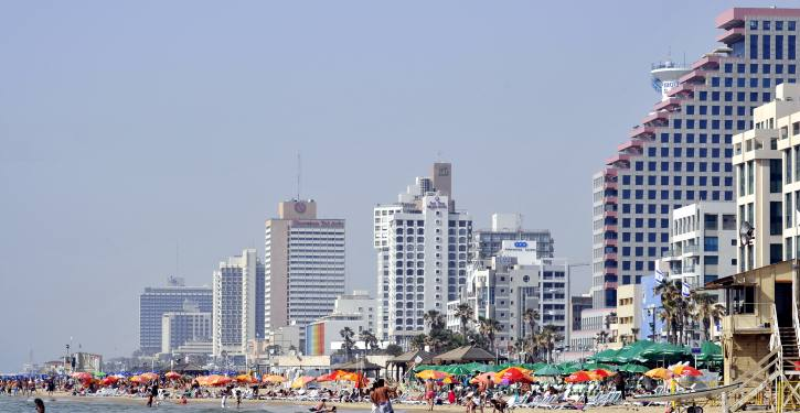 Hotels line the beach boardwalk of Tel Aviv. May 24, 2009.  Photo by Serge Attal/Flash 90 *** Local Caption *** ?? ??? ??? ??????? ?? ???? ?????? ??? ??? ????