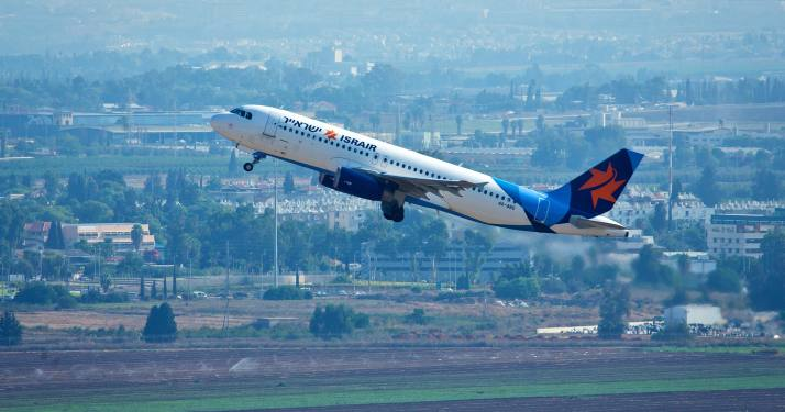 "View of an ""Israir"" flight taking off from Ben Gurion International Airport, Tel Aviv. September 03, 2015. Photo by Moshe Shai/FLASH90 *** Local Caption *** ???????  ???? ?????"