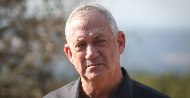Alternate Prime Minister and Minister of Defense Benny Gantz seen during a visit on the Israel-Lebanon border, Northern Israel, on November 17, 2020. Photo by David Cohen/Flash90 *** Local Caption *** ??? ??? ?? ?????? ??? ?????? ?????? ?? ??????? ???? ??? ????? ???????? ???? ?????