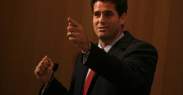 Ron Dermer, the Senior Advisor to Prime Minister Netanyahu, speaks about how to defend Israel online at a convention for Jewish bloggers held in Jerusalem on September 13, 2009. Photo by Miriam Alster/Flash90 *** Local Caption *** ??? ????