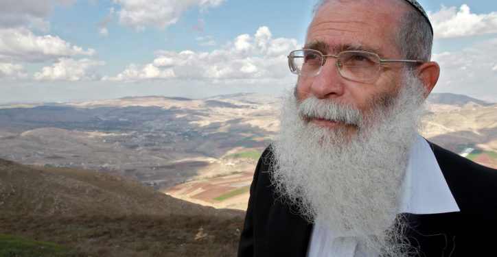 Chief Rabbi Elyakim Levanon, head of the Elon Moreh yeshiva, at a hill overlooking the settlement. Elon Moreh is an isolated settlement located on the northeastern outskirts of the Palestinian city of Nablus, housing about 2000 residents. November 18, 2009. Photo by Nati Shohat/FLASH90 *** Local Caption *** ??? ?????? ????? ??? ????? ???? ???? ????