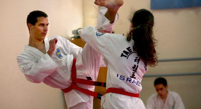 Carmel Horowitz fight during a Taikwendo combat in Zihon Yaacov on January 12. 2008. Photo by Doron Horowitz /FLASH90 *** Local Caption *** ??????? ????? ?????? ????????