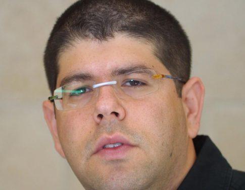 **FILE2004** Portrait of Yariv Openhaimer. July 22, 2004 Photo by Flash90  *** Local Caption *** ???? ????????? ?????? ?????